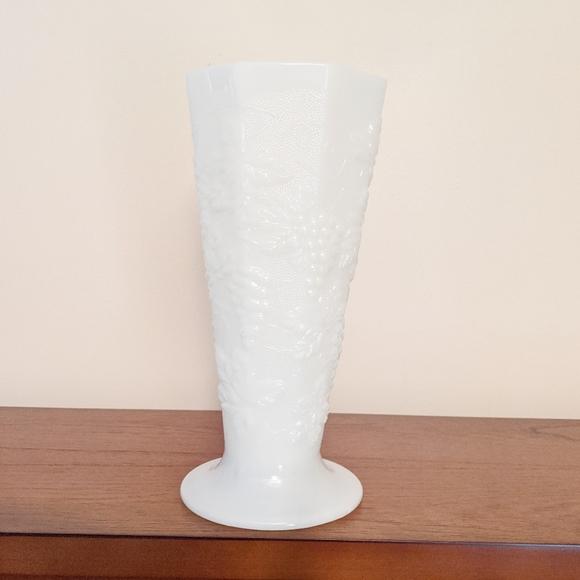 Vintage milk glass grapevine print vase